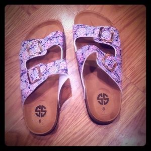 NWOT Simply Southern sandals, size 8